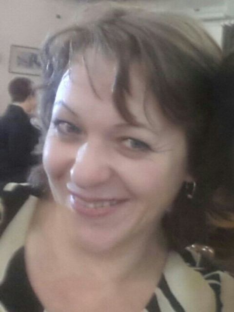 ирина, Беларусь, Минск, 45 лет, 2 ребенка. добрая, нежная, отзывчивая  но , одинокая. Двое взрослых детей, у которых свои семьи. )Только серьез