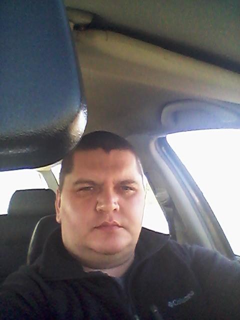 Михаил, Россия, Орёл, 37 лет, 1 ребенок. Хочу найти Любящую мать и жену . что б была опорой в семье как мужу так и детям.