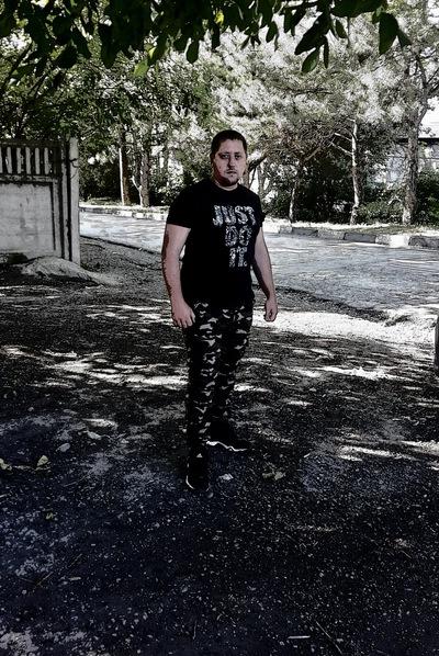 Толик Антонюк, Россия, Симферополь, 27 лет, 1 ребенок. Познакомлюсь для серьезных отношений.