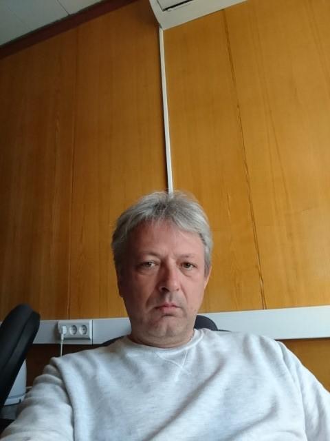 Сергей, Россия, Москва, 46 лет. Хочу найти Спокойную, умеющию думать головой а не другим местом.