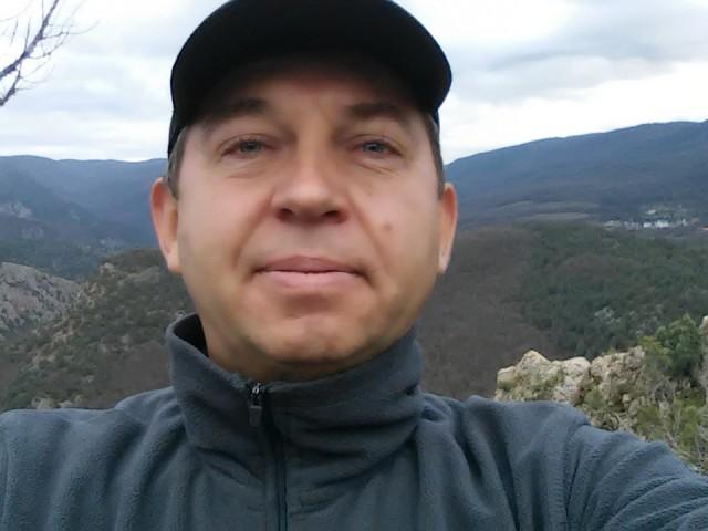 Виктор, Россия, Севастополь, 49 лет. Родился и живу в севастополе