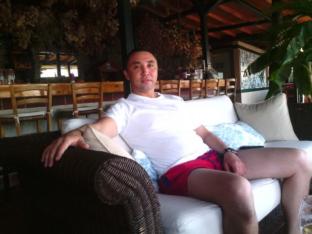 Гани, Казахстан, Астана, 44 года. Хочу найти Средних лет, ухоженная, чистоплотная, спортивного телосложения, с добрым характером