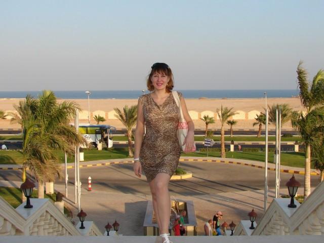 таня, Россия, Каменск-Уральский, 36 лет, 3 ребенка. Хочу найти мечтаю найти мужчину, который бы понимал меня, поддерживал, оберегал. Не бежал от проблем к другой ж