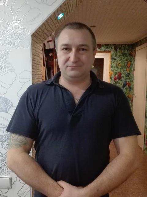 Евгений Двойнин, Россия, Горно-Алтайск, 46 лет, 3 ребенка. Хочу найти Встретить, влюбиться раз и навсегда. Что бы она смогла пойти со мной в огонь и в воду. Что бы умела