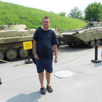 Максим Бенюх, Украина, Киев, м. Черниговская, 36 лет. Познакомиться с мужчиной из Киева