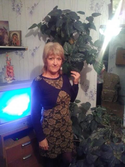 Елена, Россия, Архангельск, 49 лет, 2 ребенка. Не замужем. Двое взрослых детей.