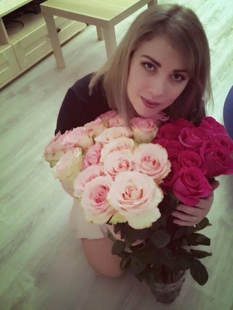 Катерина, Россия, Санкт-Петербург, 30 лет, 2 ребенка. Хочу найти Надёжного, с чувством юмора, активного