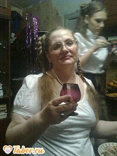 Галина, Россия, Новосибирск, 60 лет, 2 ребенка. Хочу найти Доброго, внимательного, работящего, любящего детей, природу... Не моложе 56 лет.