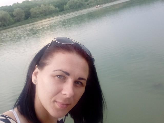 Алина, Украина, Смела, 30 лет, 2 ребенка. Познакомлюсь для серьезных отношений.
