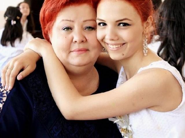 Зоя Николаевна, Россия, Москва, 58 лет, 3 ребенка. Интересная, порядочная, надёжная. Вкусно готовлю! Желаю встретить мужчину:доброго, с чувством юмора,