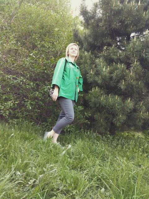 Евгения, Россия, Москва, 42 года, 3 ребенка. Я жизнерадостная, добрая. Работаю и воспитывают детей. Хочу встретить мужчину надёжного, доброго, за