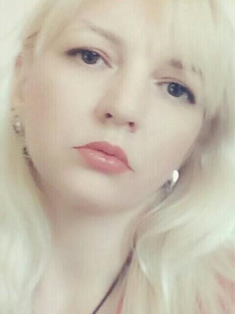 Ольга, Россия, Ростов-на-Дону, 41 год, 3 ребенка. В разводе. 2 сыновей старшего возраста и маленькая дочка. Ищу серьёзного,стрессоустойчивого мужчину.