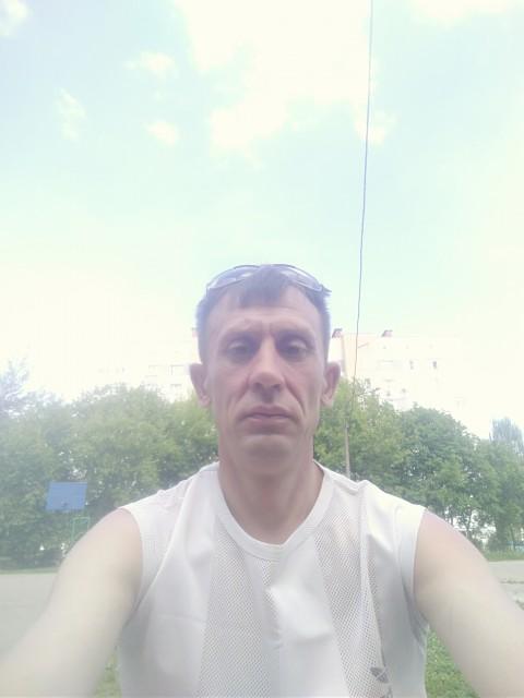 Вадим, Россия, Нижний Новгород, 45 лет, 3 ребенка. Я простой и обыкновенный мужчина. Не Ален Делон но и не урод.