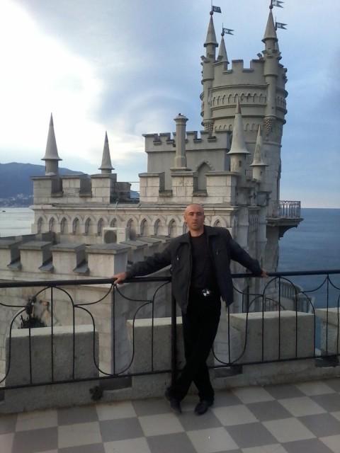 Валерий, пгт.Первомайское Крым , 35 лет, 2 ребенка. Хочу найти  понемала меня могла готовить и находить общий язык с детьми и полюбила
