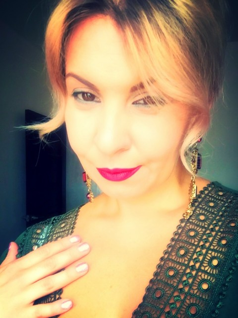 Юлия, Россия, Нижний Новгород, 38 лет, 2 ребенка. Хочу найти Познакомлюсь с надежным, верным, умным мужчиной для серьёзных отношений и создания семьи