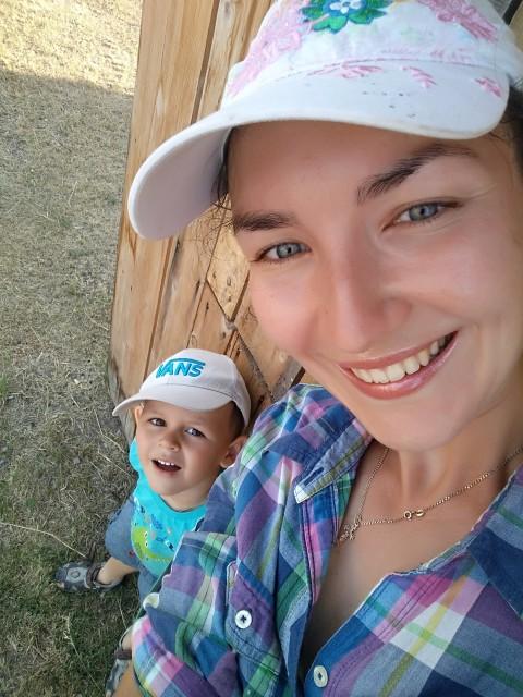 Алла Ч......., Россия, г. Минусинск (Красноярский край), 30 лет, 1 ребенок. Хочу найти Хочу, чтобы мужчина был верующим.