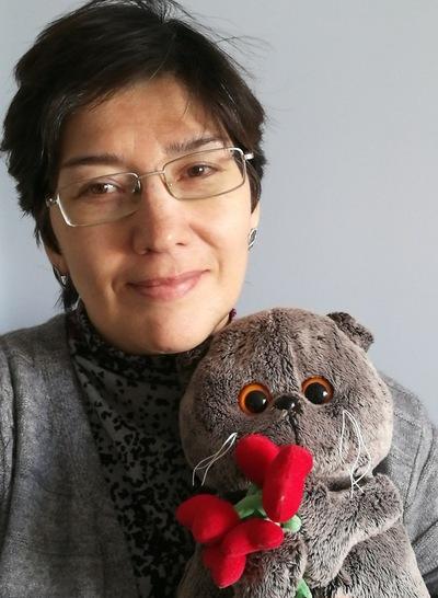 Венера Гордеева, Россия, Москва, 46 лет. Хочу найти Доброго, отзывчевого, Внимательного, понимающего что с инвалидностью тоже можно жить . Любящего юмор
