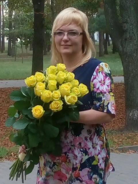 Лена, Украина, Киев, 42 года. Хочу найти Мечтаю встретить доброго и честного человека, с которым нет необходимости притворяться и можно быть