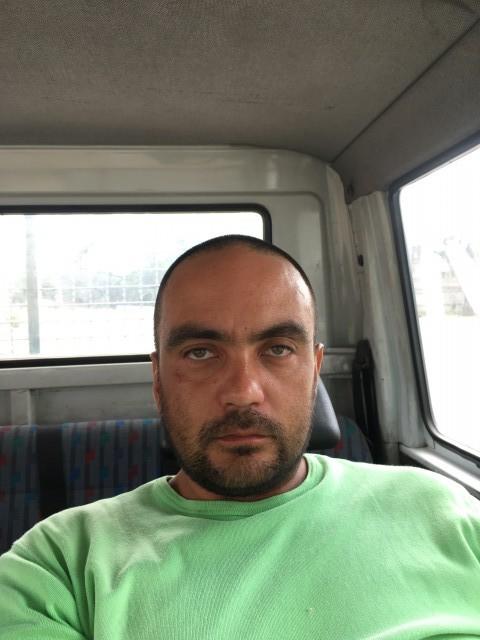 Ренат, Казахстан, Бишкек, 35 лет, 1 ребенок. Хочу найти если ты одинока достаточно долго и это начинает нравиться тогда пиши...