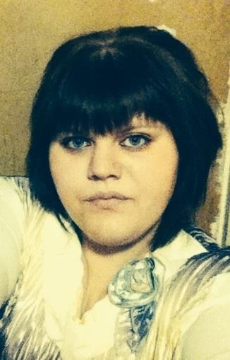 Марина, Россия, Москва, 21 год. Веселая, общительная.