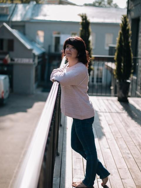 Юлия, Россия, МО, 42 года, 1 ребенок. Хочу найти Того, с кем будет тепло и... интересно. С кем можно и поговорить, и помолчать и посмеяться... Рванут