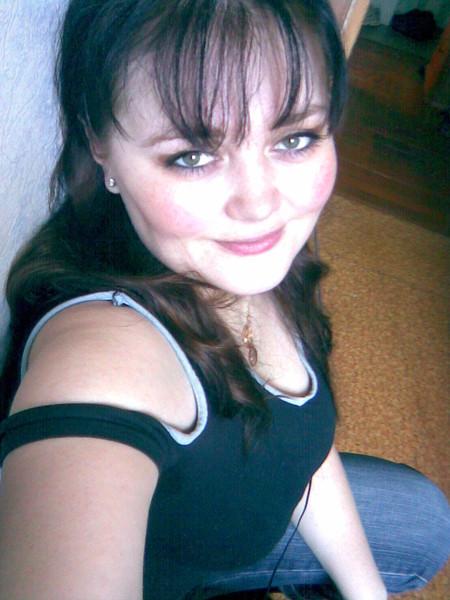 Анна, Россия, Челябинск, 38 лет, 4 ребенка. Хочу найти Верного, отзывчивого. Волка для одинокой волчицы.
