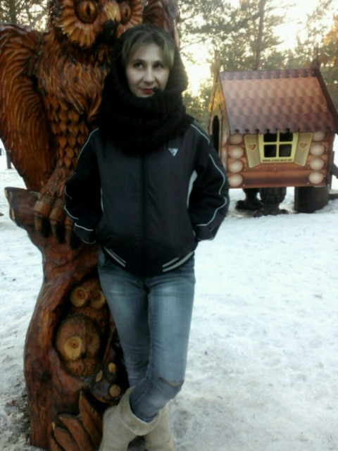 Светлана, Россия, Ноябрьск, 37 лет, 2 ребенка. Татарка,невысокого роста,вес-50кг., неоконченное высшее,хочу приятного общения,национ-ь и возраст не