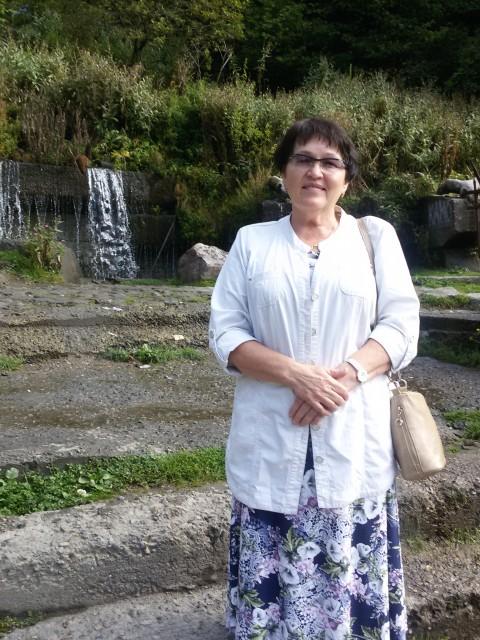 надежда, Россия, Сыктывкар, 60 лет. Хочу найти Честного, свободного, без вредных привычек. доброго , умеющего любить  и ценить любовь.