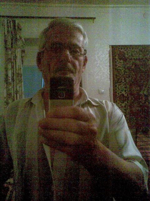 Федя Везиров, Азербайджан, Хачмаз, 69 лет