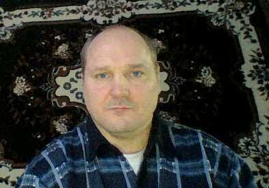Дима Дубовский, Беларусь, Солигорск, 41 год. Спокойный тихий образован воспитанный добрый ну и как у всех есть теневая сторона...., но не пью и н