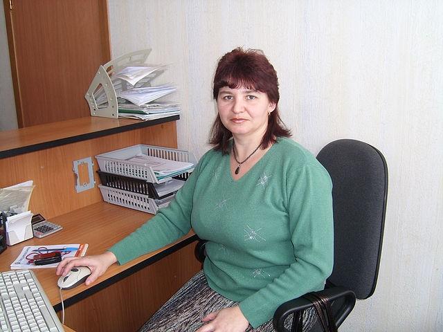 Галина, Россия, Калуга, 45 лет, 2 ребенка. Обычная. Без вредных привычек. Работаю в торговле.Хотелось бы встретить любимого человека, как говор