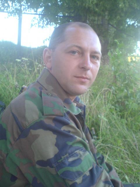 Александр, Беларусь, Бобруйск, 48 лет, 1 ребенок. Адекватный, психически здоров, верный, самостоятельный и домашний.