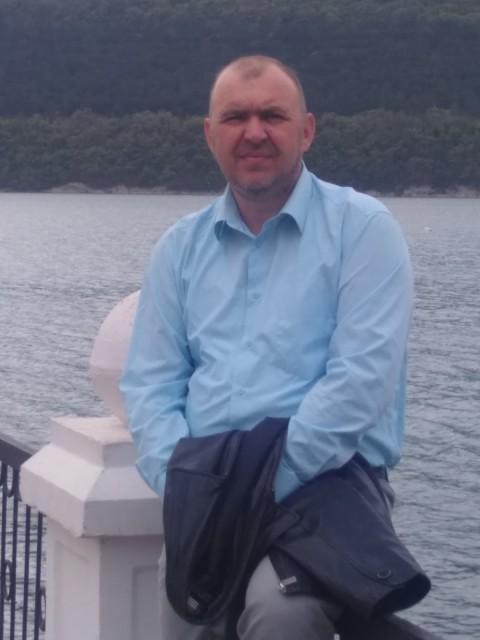 Алексей, Россия, Краснодар, 45 лет, 1 ребенок. Хочу найти Ищу для брака. женщину-жену, женщину-мать семейств рака, рыб, козерогов и других девственных, рогаты