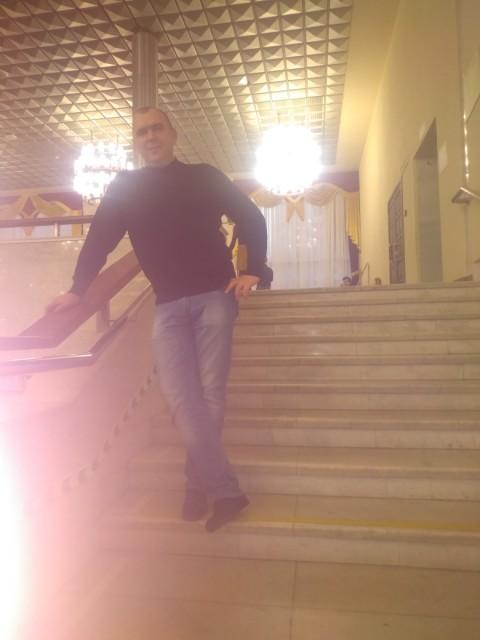 Алексей, Россия, Краснодар, 45 лет, 1 ребенок. Хочу найти — Ты только тогда становишься Настоящим, — внушала Вельветовому Кролику мудрая старая Кожаная Лошадь