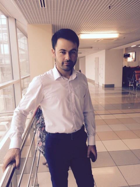 Максим, Россия, Рязань, 27 лет. Я молодой темпераментный мужчина в самом рассвете сил. Обожаю чистоту и порядок, люблю прогулки на п