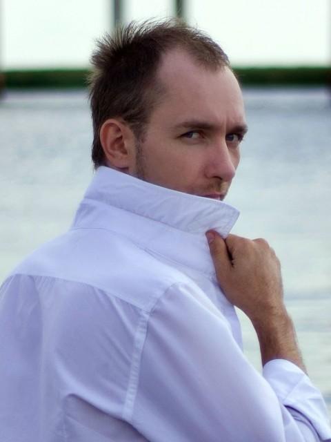 Вадим, Россия, Ростов-на-Дону, 38 лет. Милые девушки, очень хочется чтобы добрые дела, оставались безнаказанными.