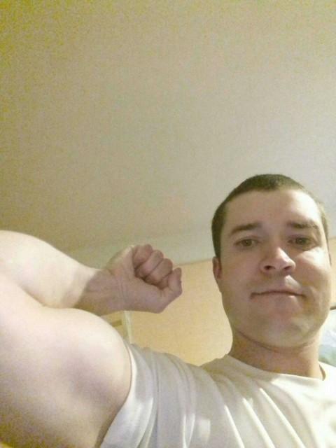 Алексей, Россия, Санкт-Петербург, 32 года. Хочу найти Умную Красивую Образованную любящая детей