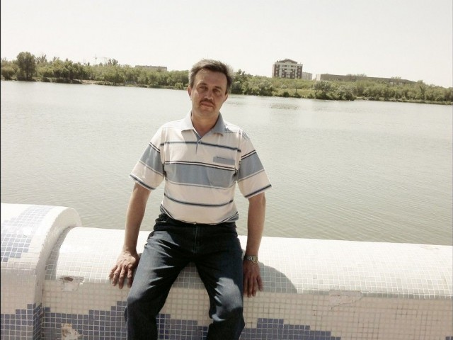 Петр, Казахстан, Караганда, 48 лет. Хочу найти хочу  найти  женщину  от 34 до 45 лет без  в/п