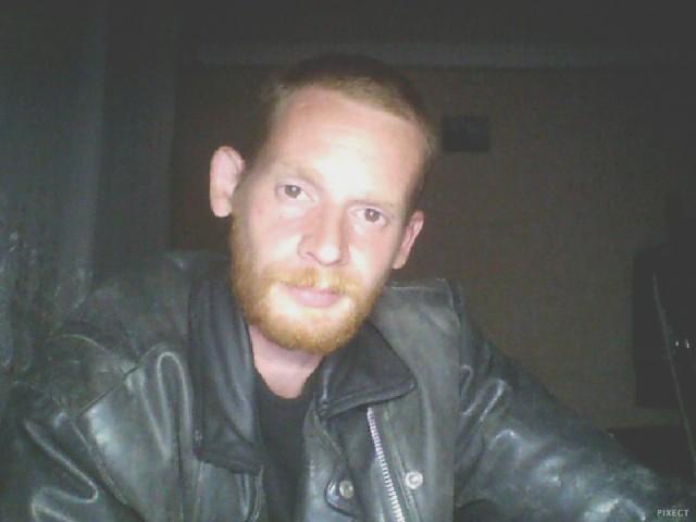 Владимир, Россия, Челябинск, 23 года. Хочу найти Которая мне понравиться!!