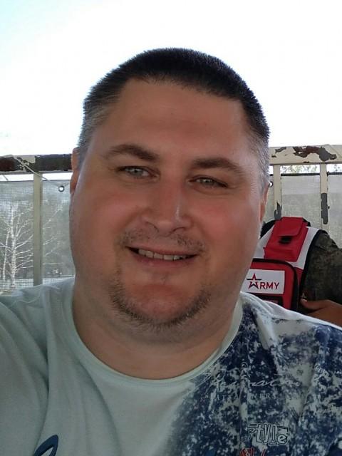 Сергей, Россия, Москва, 39 лет. Хочу найти Надежную и верную спутницу по жизни. Все отстальное при личном общении.