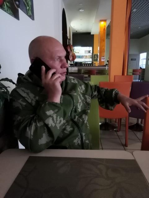 Гоша, Россия, Москва, 51 год. Хочу найти Умную, весёлую, загадочную.