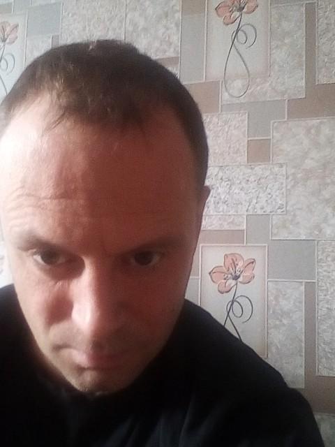 Стас, Россия, Санкт-Петербург, 40 лет. Не женат и небыл.Детей нет.Работаю в такси...