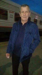 Павел, Россия, Екатеринбург, 52 года. Он ищет её: Простую, порядочную, верную, добрую.