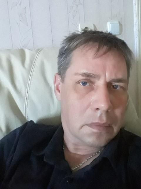 Родион, Россия, Волжский, 47 лет, 1 ребенок. Хочу найти Она должна любить меня и быть любимой, быть доброй, трудолюбивой, верной , непьющий, ласковой, нежно