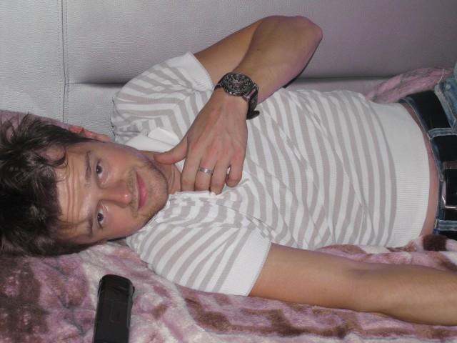 """Александр, Россия, Москва, 34 года, 1 ребенок. Хочу найти Добрую и честную! Можно с ребенком, главное чтобы мы были """" на одной волне"""" )"""