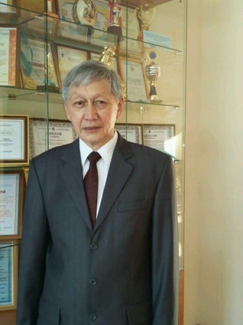 Бек Каримов, Казахстан, Караганда, 63 года, 1 ребенок. Хочу найти ищу женщину для общения и встреч...С ув. Интеллигентный мужчина
