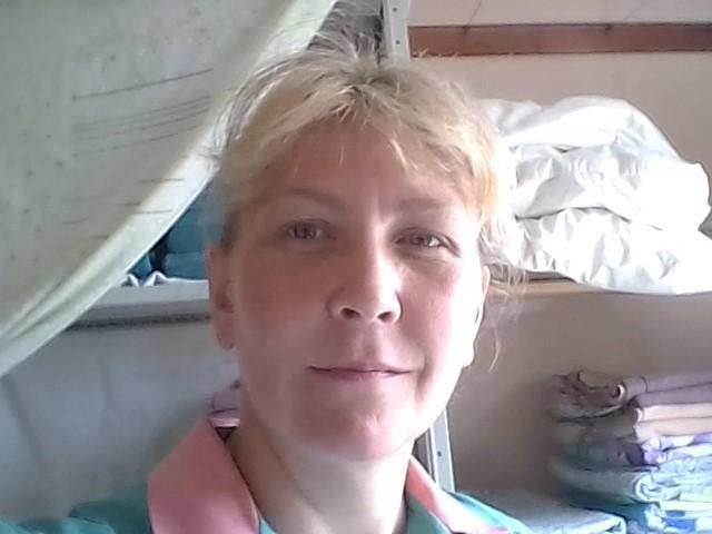 омегова людмила, Россия, п.Воротынец, 43 года