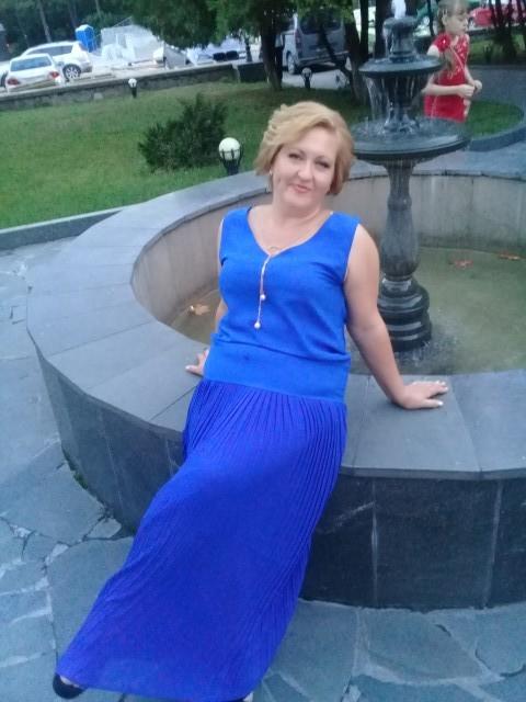 Оксана, Россия, Симферополь, 37 лет, 2 ребенка. Хочу найти Доброго верного семьянина , не ленивого  не альфонса, умеющего обеспечить свою семью, любящий детей!