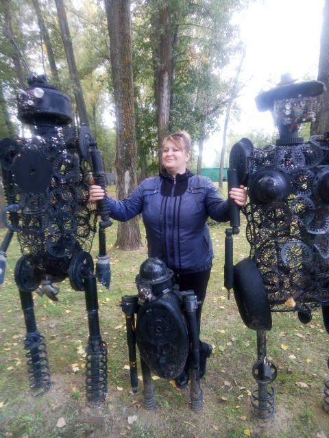 Галина, Россия, Саратов, 52 года, 1 ребенок. Хочу найти Сильный духом, хозяйственный, с чувством юмора, свободный.