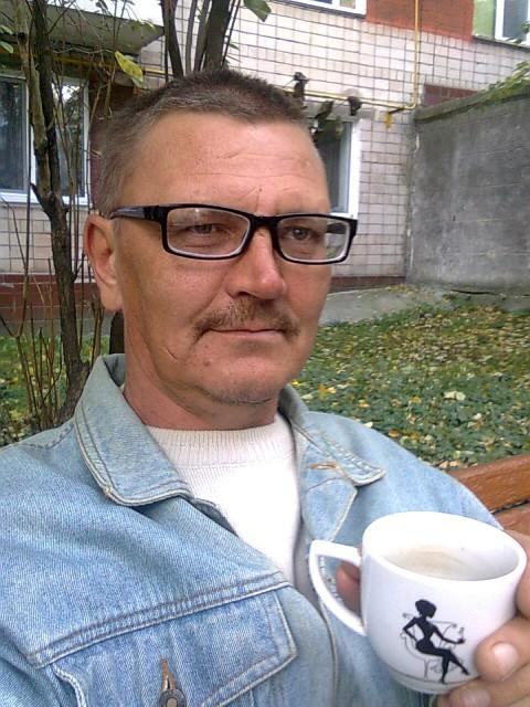 Александр, Украина, Киев, 49 лет, 1 ребенок. спокойный, уравновешанный, хочу иметь дружную счатливую семью